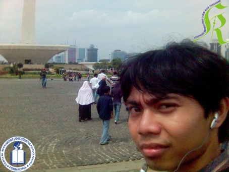 andie-at-monas3